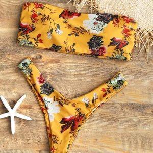 ZAFUL bikini with floral print